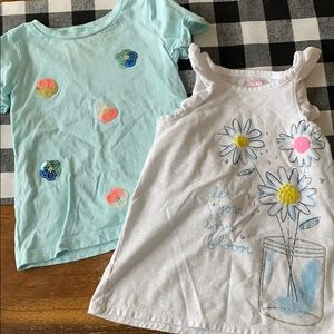 Bundle of 2 Girls size 5 Tops